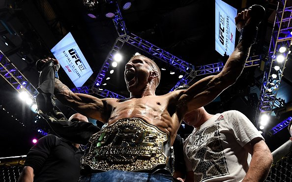 Image for TJ Dillashaw calls out Demetrious Johnson following UFC 217 victory