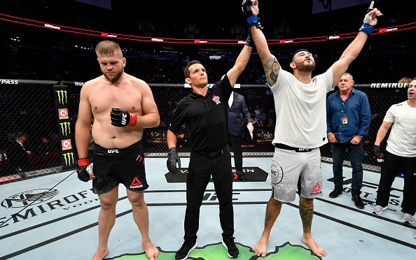 Image for UFC Fight Night 158: Preliminary Thoughts